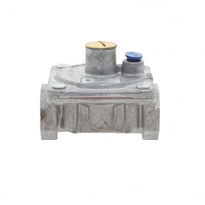 "Maxitrol RV48LT-3/4 Rubber Seat Poppet Gas Regulator 3/4"" NPT"