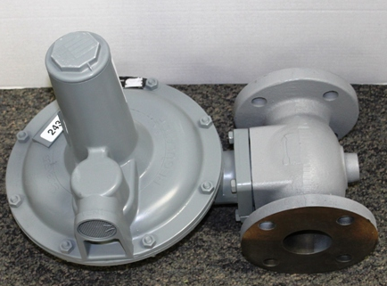 "Sensus (Rockwell-Equimeter) 243-8-2F 2"" Service Regulator Flanged 1/2"" Orifice 2-4.25# Spring 10F"